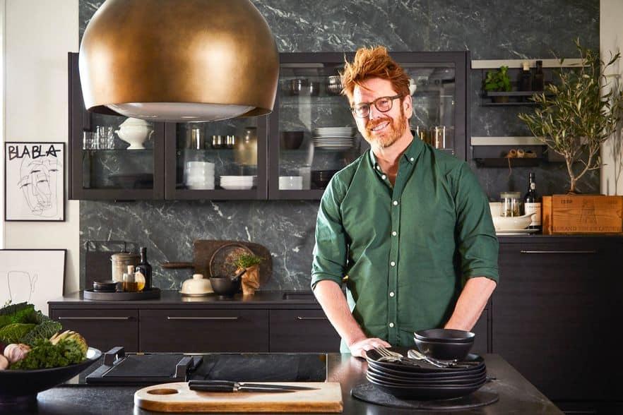 Svarta är det nya svarta i köket – och sopsortering såklart