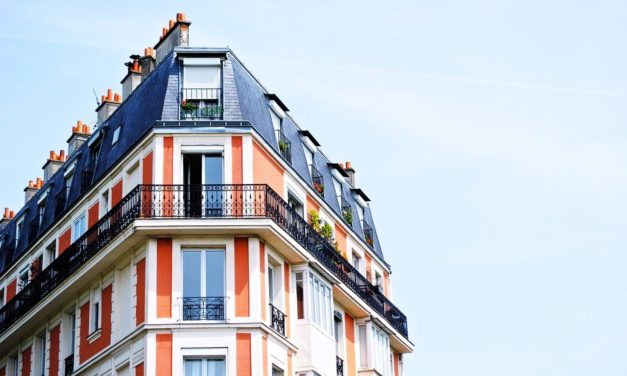 Fastighetsskatten tillbaka – nu även för bostadsrätter?