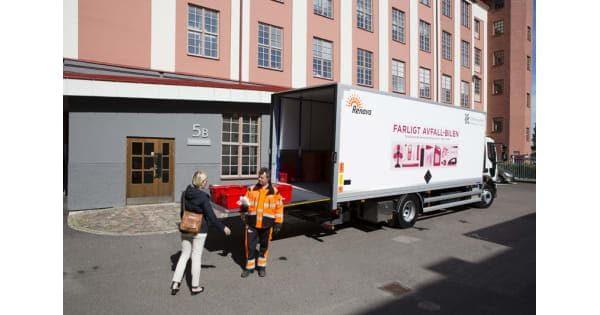 Bil hämtar farligt avfall i Göteborg